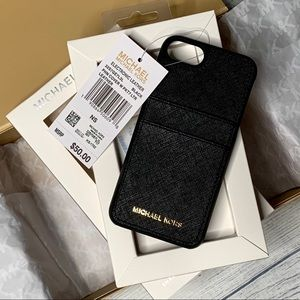🔥NWT MICHAEL KORS IPhone7/8 Leather Phone Case